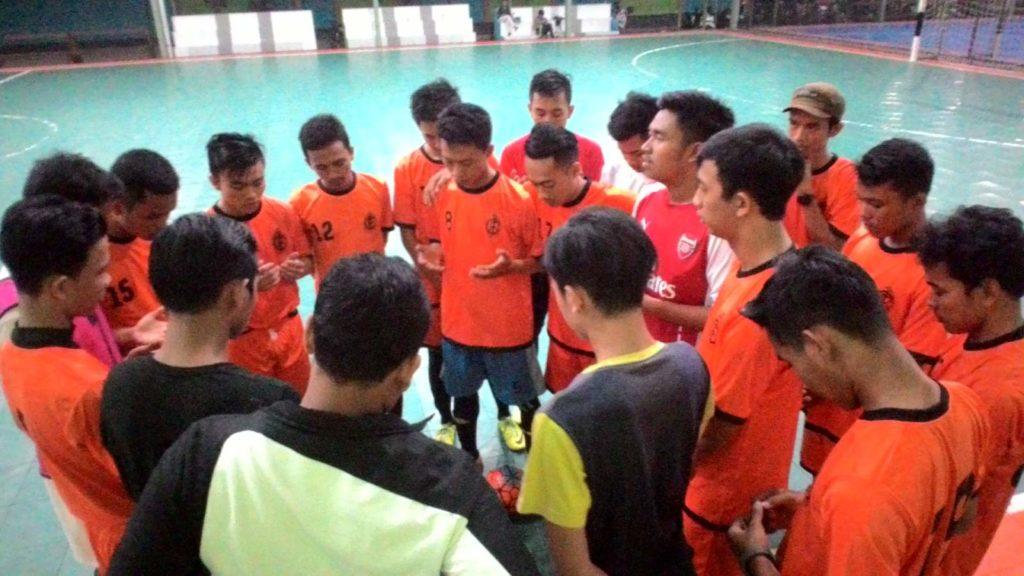 latihan LSO CAGUR ISTIMEWA (futsal)